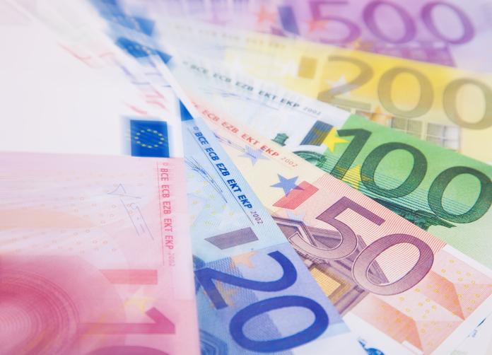 Euro - Photo credit: DiariVeu - laveupv.com via Foter.com / CC BY-NC-SA