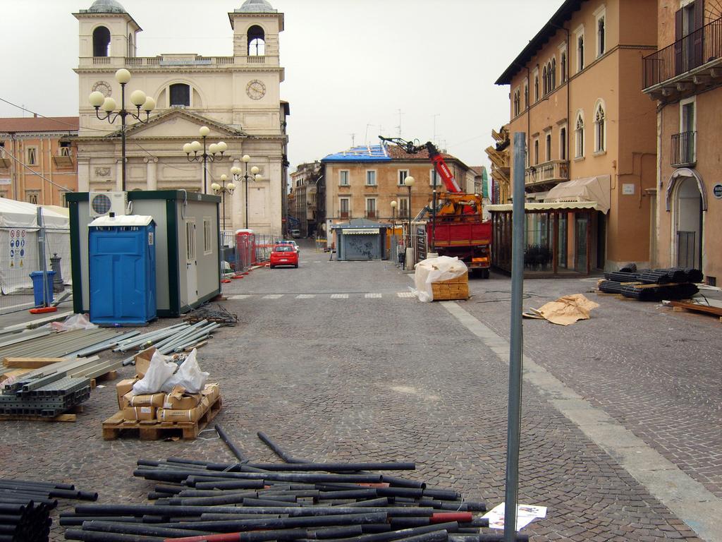 L'Aquila - Photo credit: Dede90 via Foter.com / CC BY-NC-SA