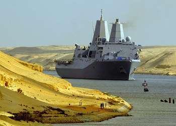 Suez Channel - U.S. Navy photo by Mass Communication Specialist 2nd Class Jason R. Zalasky