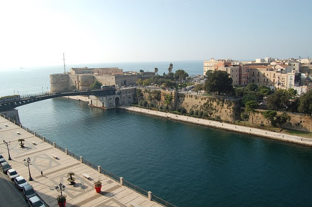 Taranto - Photo credit: Francesco Nigro da Pixabay