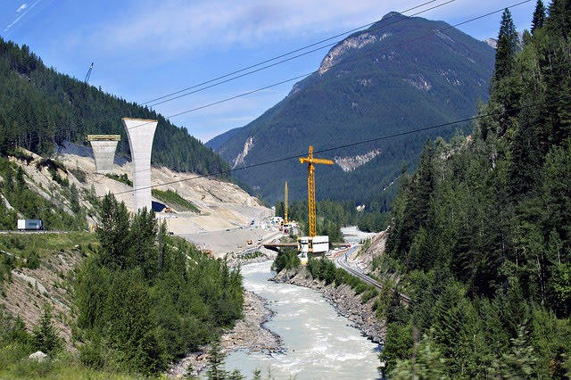 Forum Ambrosetti report su infrastrutture: photocredit ArtTower da Pixabay