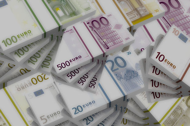 Fondi UE - Photo credit: Foto di Ronny K da Pixabay