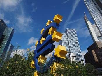Coronavirus: le misure della Bce per ridurre i danni economici
