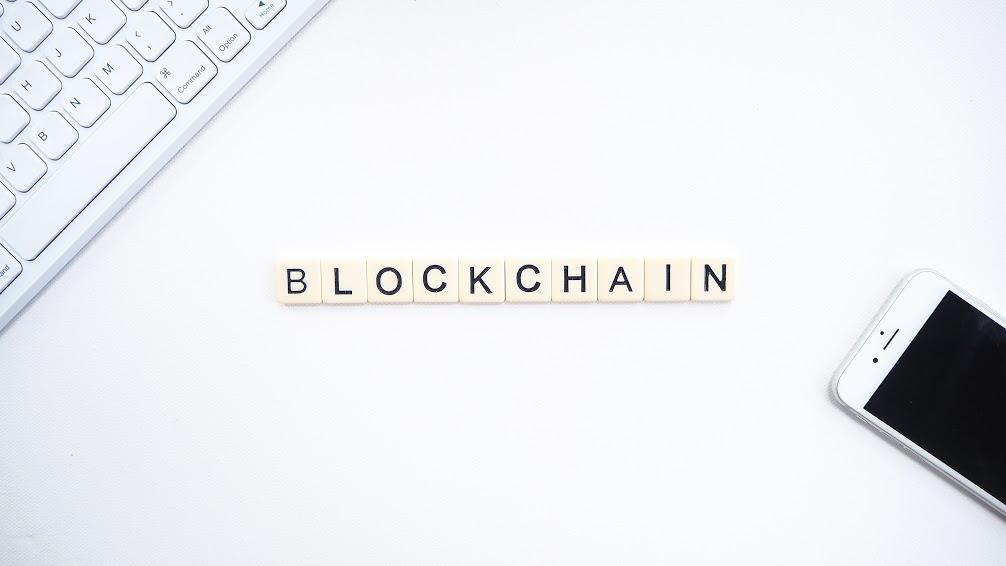 Al via la consultazione MISE su blockchain