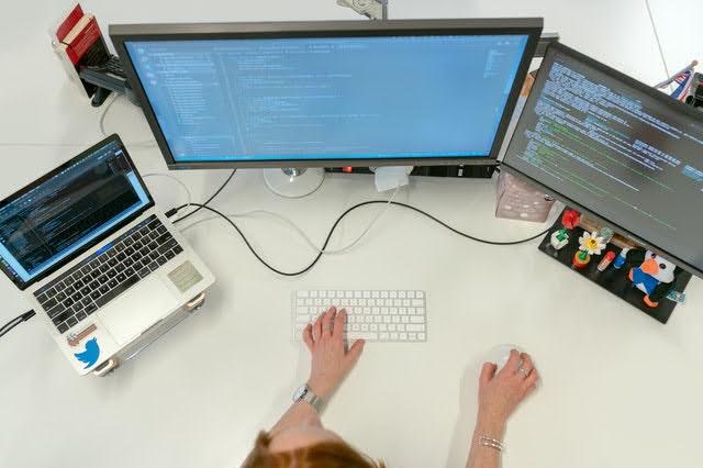Fondo trasferimento tecnologico - Foto di ThisIsEngineering da Pexels
