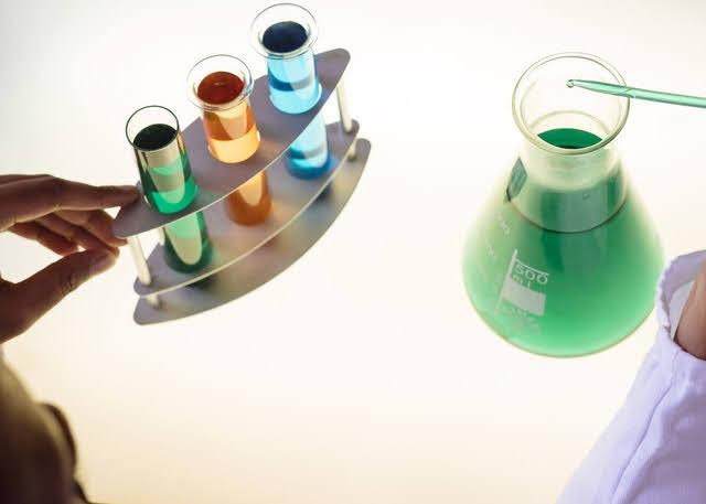 Idrogeno - Foto di RF._.studio da Pexels
