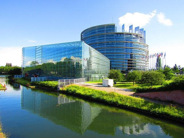 Parlamento europeo - Photo credit: Foto di Udo Pohlmann da Pixabay