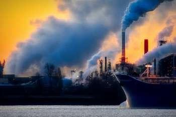 Emissioni inquinanti - Foto di Chris LeBoutillier da Pexels